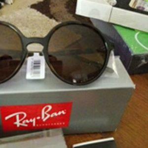 NWT Ray Ban Women's Tortoiseshell Sunglasses